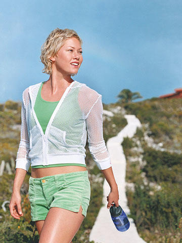 The 30-Minute Outdoor Workout (Even Indoor Girls Will Love!) Get Fit
